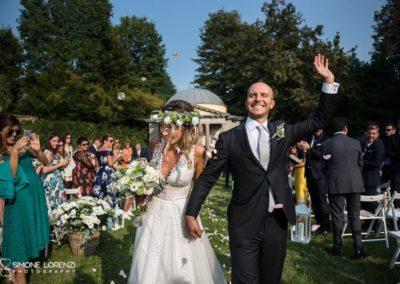 lancio petali al Matrimonio country chic in Villa Pesenti Agliardi, Bergamo