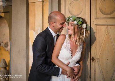sguardi d'intesa degli sposi al Matrimonio country chic in Villa Pesenti Agliardi, Bergamo