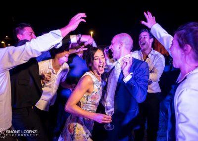 invitata ruba lo sposo per un ballo al Matrimonio civile in Villa Pesenti Agliardi, Bergamo
